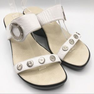 Onex studded leather wedges